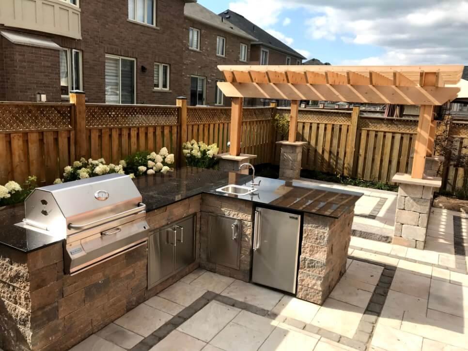 Outdoor Kitchen Installation Service