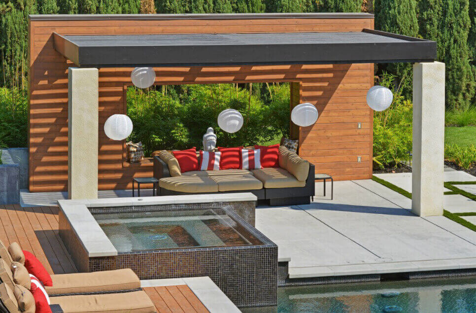 Outdoor residential landscape-db
